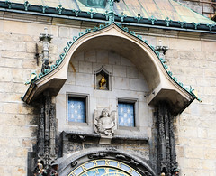 2017Danube-8885 (Cache Scouter) Tags: 2017 angel astronomicalclock cz czechrepublic danube oldtown oldtownsquare other prague cruise rooster stainedglasswindow czechia