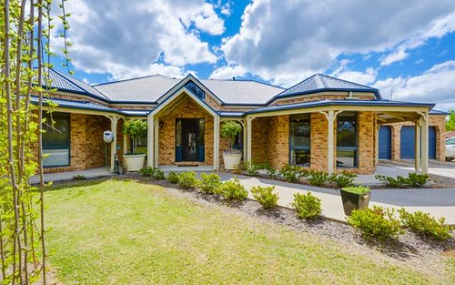 64 Dight St, Jindera NSW 2642