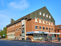 Volksbank Haltern am See (staetebau) Tags: deutschland germany halternamsee modernearchitektur modernarchitecture outdoor backstein brick mauerwerk