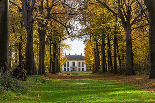 The Mansion Of Nijenburg In Autumn Colors