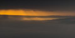 Sunrise (l4ts) Tags: landscape derbyshire peakdistrict darkpeak winhill derwentvalley whiteedge sunrise goldenhour temperatureinversion mist sunrays