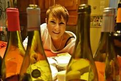 ~~Bon.... J'arrête ! ~~ (Joélisa) Tags: novembre2017 beaujolaisnouveau joe joélisa vin bouteilles