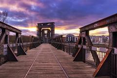 auf der Hubbrücke (uwe.winter) Tags: magdeburg elbe sachsenanhalt deutschland hubbrücke brücke sonnenuntergang himmel wolken bunt saxony germany bridge sunset sky clouds colorful sigma 1020mm nikon d7200 rost rusty rostig