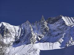 Aiguille de La Tsa (Karl Le Gros) Tags: aiguilledelatsa 2017 switzerland cantonduvalais valdhérens xaviervonerlach sonyilce7rm2 sonyzeissfe90mmf28macrogoss arolla mountains swissalps alps snow blue sky