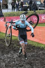 Cyclocross Essen 2017 118 (hans905) Tags: canoneos7d tamronsp2470mmf28divcusd cyclocross cycling cyclist cyclocrossessen cross cx veldrijden veldrit mud nomudnoglory modder womenscycling wielrennen wielrenner wielrenster