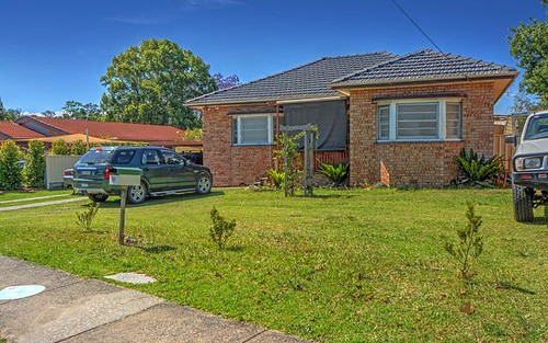 61 Cambewarra Rd, Bomaderry NSW 2541