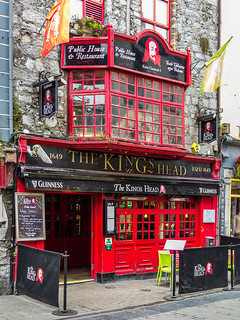 Ireland - Galway - The King's Head Pub