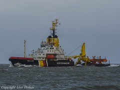 Mellum (U. Heinze) Tags: ship schiff vessel elbe nordsee cuxhaven wasser meer olympus
