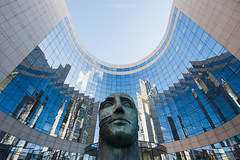 Head La Defense (Dmitry Yelloff) Tags: ladefense paris france business city modern company worldcorporation town market cityscape office center tradetower building stockexchange skyscraper urbanscene stock international landmark organization citylife capitalcities outdoors architecture place work downtown district banking bank economics french big large tall high great line art face facade glass head sculpture statuary statue stphotographia ngc