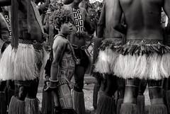 Foto- Arô Ribeiro - (Arô Ribeiro) Tags: pb blackwhitephotos photography laphotographie arôribeiro brazil art indígena tupiguarani sãopaulo fineart