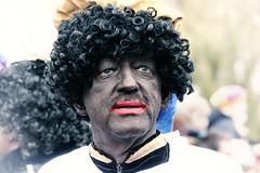 Wat mot je Piet (Gerard Stolk ( vers la Toussaint)) Tags: delft intocht sintnicolaas zwartepiet watmotje