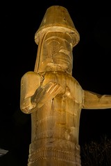 DSC_8180 (Copy) (pandjt) Tags: chilliwack bc britishcolumbia stólō stolo yakweakwioose firstnation yakweakwioosefirstnation terryhorne chiefterryhorne welcomefigures welcome sculpture carving publicart nightphotography longexposure lightpainting