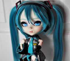 Pullip Custom Hatsune Miku (StrawberryPuff(´。• ᵕ •。`)) Tags: pullipvocaloid pullip pigtails pretty groove green wig gorgeous blue hatsune miku new kawaii obitsu body cute vocaloid doll custom