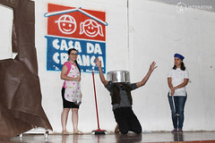 "Teatro dos Professores na Casa da Criança • <a style=""font-size:0.8em;"" href=""http://www.flickr.com/photos/134435427@N04/37723996814/"" target=""_blank"">View on Flickr</a>"