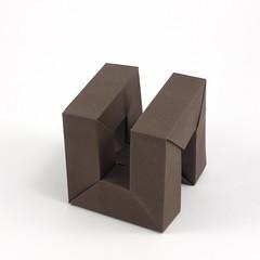 Hamiltonian Cycle of Cube (Michał Kosmulski) Tags: origami cube graph hamiltoniancycle frame michałkosmulski canfordpaper brown