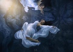 Rachel (wesome) Tags: adamattoun underwaterphotography underwaterportrait underwaterportriature ikelite