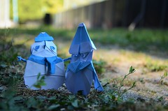 Do you wanna build a man? (Nikita Vasiliev) Tags: origami origamiart paper paperart snowman frozen outdoor road sunlight morisuekei youtaeyoung