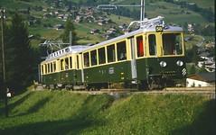 WAB electric railcar BDhe4/4 118 Grindelwald (jc_snapper) Tags: train trein railway railroad narrowgauge metregauge schmalspurbahn zahnradbahn cogwheelrailway rackrailway riggenbachrack electrictrain switzerland triebwagen railcar automotrice wengenalpbahn wab slm bdhe44 jungfraubahnen