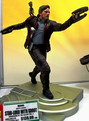 2017-Marvel's Starlord & Groot Statue by Artfx at SDCC-01 (David Cummings62) Tags: sandiego ca calif california comiccon con david dave cummings 2017 statue artfx marvel comics starlord groot garduansofthegalaxy movie movies