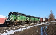 BNSF     Shelby, MT (larryzeutschel) Tags: bn bnsf montana sd402