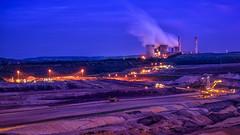 RWE Power AG - Kraftwerk Weisweiler (Werner Thorenz) Tags: inden tagebauinden braunkohle kraftwerk kraftwerkweissweiler kohlekraftwerk industrial excavator bagger schaufelradbagger night abendstimmung eveningatmosphere colors