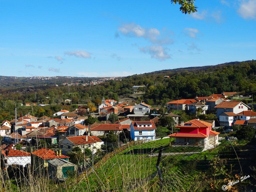 Águas Frias (Chaves) - ... vista (parcial) da Aldeia) ...