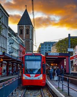 Tram 7 at dawn