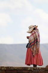 Bolivienne a Tiwanaku (jmboyer) Tags: bo1344 ©jmboyer bolivie bolivia travel ameriquedusud canon voyage nationalgeographie potosi canon6d yahoophoto géo yahoo photoyahoo flickr photos southamerica sudamerica photosbolivie boliviafotos bolivien bolivienne tribal canonfrance eos googlephotos instagram