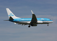 PH-BGK Boeing 737-7K2 KLM Airlines (corkspotter / Paul Daly) Tags: phbgk boeing 7377k2 w b737 38054 3292 l2j 484b91 klm kl royal dutch airlines 2010 n1786b 20100612 lhr egll london heathrow