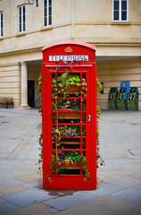 Planted, Bath (Professional Novice) Tags: bath wiltshire united kingdom great britain uk gb nikon d3400 1855mm kit lens telephone box red british plants flowers