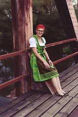 My Girl (Claus Gruslinski) Tags: homewurschtler grusi franken michelau brücke porträt eisenbahnbrücke franconia rosi stegaurach shooting rot pettstadt dirndl