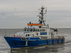 Bürgermeister Brauer 1 (U. Heinze) Tags: ship schiff boat cuxhaven elbe wasser meer vessel
