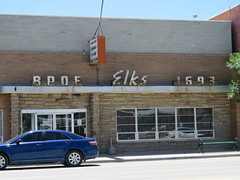 Elks in Riverton (jimsawthat) Tags: smalltown riverton wyoming fraternal lodge reflection metalsign neon vintagesign