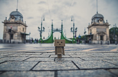 Danbo the traveller (Vagelis Pikoulas) Tags: danbo budapest liberty bridge canon 6d tokina 2470mm landscape city cityscape hungary europe street autumn september 2017 cloudy rain
