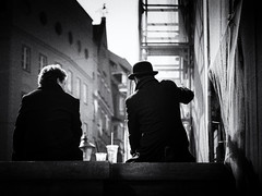 men talk (Sandy...J) Tags: olympus monochrom man people photography fotografie street streetphotography sw city blackwhite bw black white urban noir germany deutschland