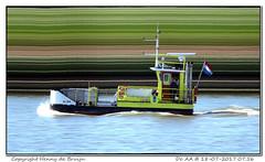 De AA (Morthole) Tags: slitscan ship boat schip boot barge binnenvaart schiff rheinschiff deaa passagiersschip passagiersboot passengersboat passengersship passagierschiff naviresãpassagers
