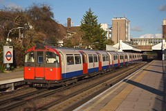 73 Stock at Boston Manor (MCW1987) Tags: metro cammell built piccadilly line 1973 stock tube tfl underground london