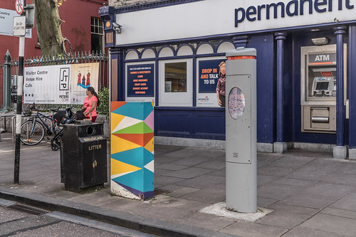 EXAMPLES OF PAINT-A-BOX STREET ART IN CORK CITY CENTRE [PHOTOGRAPHED 2017]-133885