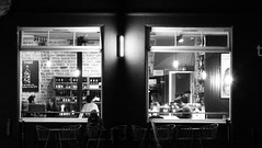 Toast after dark (byronv2) Tags: toast restaurant cafe bar pub shore theshore leith waterofleith edinburgh edimbourg edinburghbynight night nuit nacht scotland peoplewatching window seat seated sitting drinking blackandwhite blackwhite bw monochrome people sit