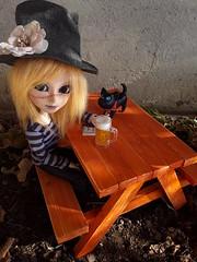 Tiny Dolly Festival 2017 - mesa de picnic (Lunalila1) Tags: doll droove taeyang mio fc custo custom handmade outfit dollyfestival 2017 tiny compras furniture table picnic secretgarden