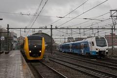 Oud en Nieuw in Zwolle (Hans Westerink) Tags: zwolle overijssel nederland nl hanswesterink dm90 flirt3 keolis ns train trains treinen dieseltrein kamperlijntje rain regen buffel 3429 7308 dmu emu station kutweer