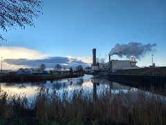20171216 04 Hoogkerk (Sjaak Kempe) Tags: 2017 winter sjaak kempe sony dschx60v nederland the netherlands niederlande groningen provincie hoogkerk suikerfabriek sugar factory suiker unie vierverlaten