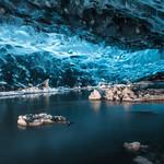 Ice caves at Jökulsárlón thumbnail