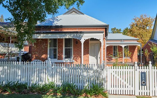 12 Freer Street, Wagga Wagga NSW