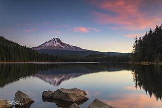 DSC_0828 _ Trillium Lake and Mount Hood at Sunrise
