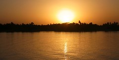 Ende eines heissen Tages (michaelschneider17) Tags: reisen urlaub ägypten kultur sonnenuntergang