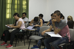 Oporto en la UNRaf 2 (LuchinoStival) Tags: oporto pensamiento nacional latinoamericano unraf clase aula roomclass class people