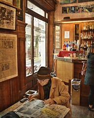 Firenze, Caffè Giubbe Rosse (Valerio_D) Tags: firenze caffègiubberosse caffèlegiubberosse grancaffègiubberosse caffèletterariogiubberosse toscana italia italy 2016primavera 1001nights 1001nightsmagiccity vincitricesoloconcorsi