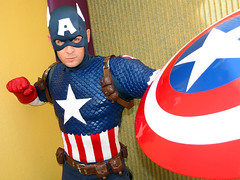 Captain America (meeko_) Tags: captain america captainamerica superhero avengers marvel characters universalorlandocharacters mavelcharacters marvelsuperheroisland universals islands adventure islandsofadventure universalsislandsofadventure themepark universal orlando universalorlando florida