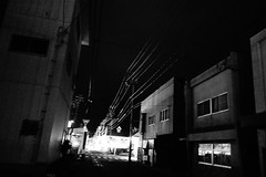 electric wires in the dark (憂-ICHIRO) Tags: street snap sony rx100